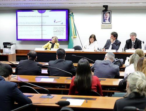 Restrição ao EaD na área da saúde é consenso entre entidades e parlamentares