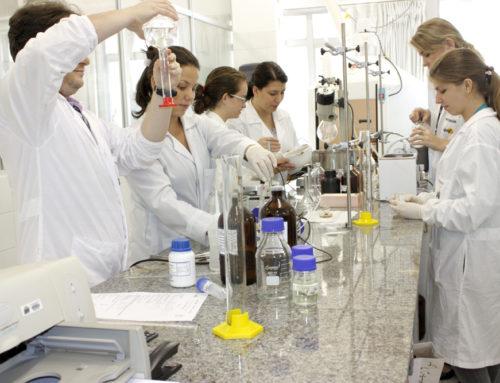 1º Congresso de Ciências Farmacêuticas do Centro-Oeste acontece de quinta até sábado em Brasília