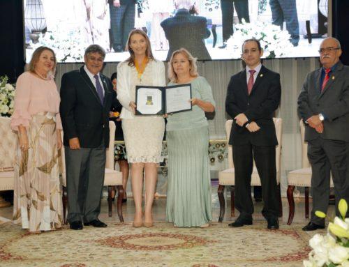 Farmacêuticos recebem Comenda do Mérito do CFF; Prefeita de São Francisco do Guaporé foi a indicada por Rondônia